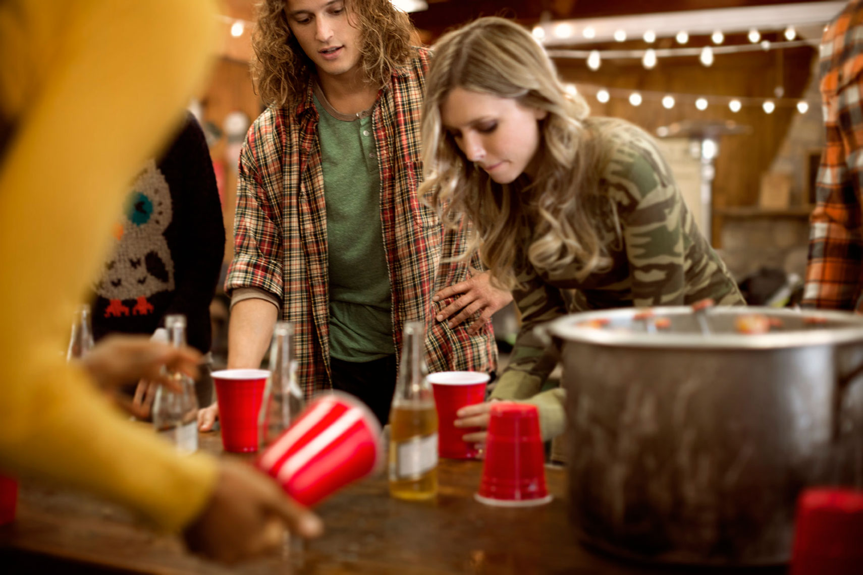 Fall Lifestyle: Beer Pong Scene: CORBIS